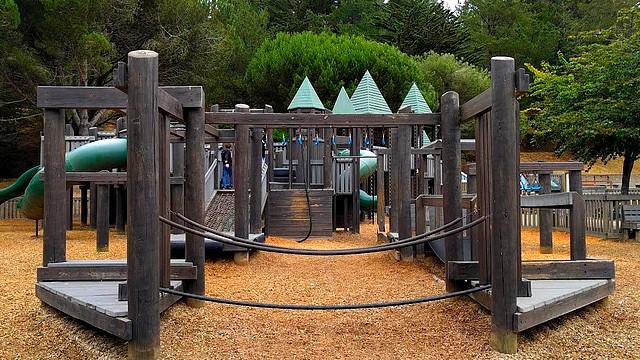attraction frontierland playground aire de jeux disneyland paris