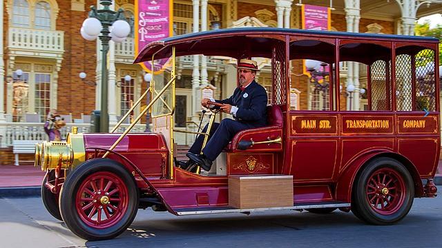 parc disneyland paris main street vehicles les véhicules de main street