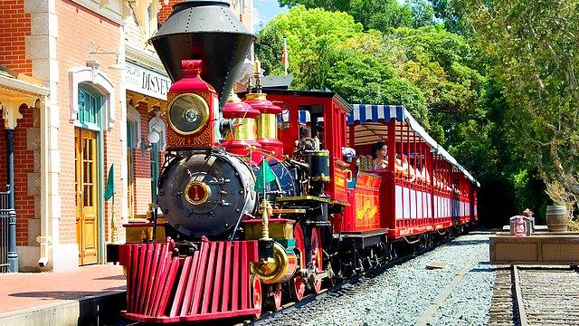 train disneyland paris disneyland railroad