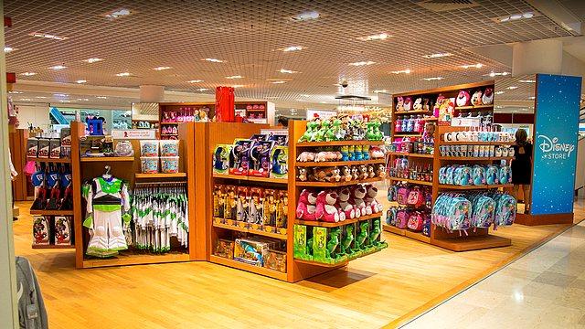boutique disney store france galeries lafayette nantes