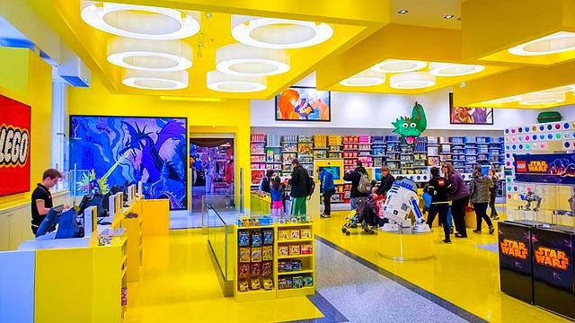 boutique disneyland paris boutique disney village boutique the lego store