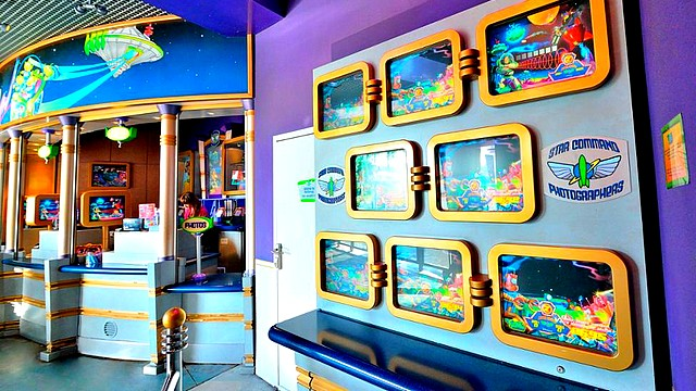boutique disneyland paris boutique star command photographer boutique disney
