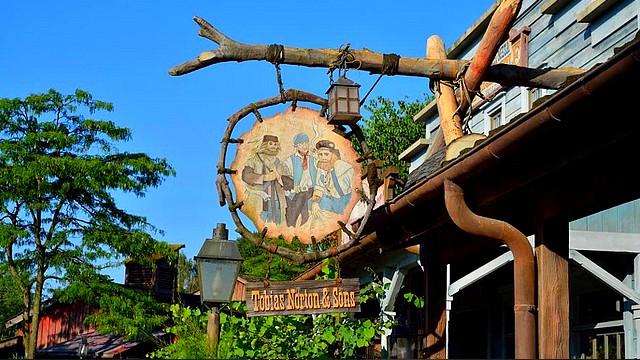 boutique disneyland paris boutique thunder mesa mercantile building boutique disney