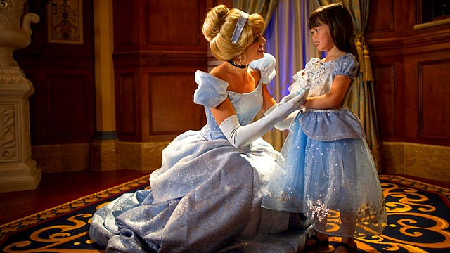 rencontre princesses disney paris invitation royale
