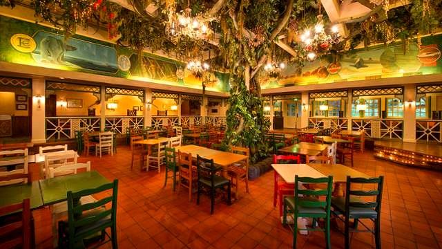 restaurant disneyland paris restaurant colonel hathi's pizza outpost