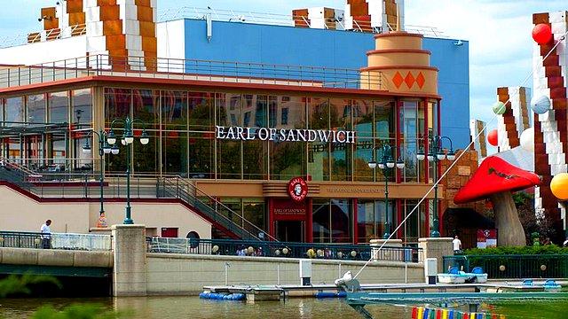restaurant disneyland paris restaurant disney village restaurant earl of sandwich