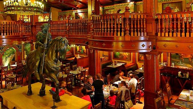 restaurant disneyland paris restaurant disney village restaurant king ludwig's castle