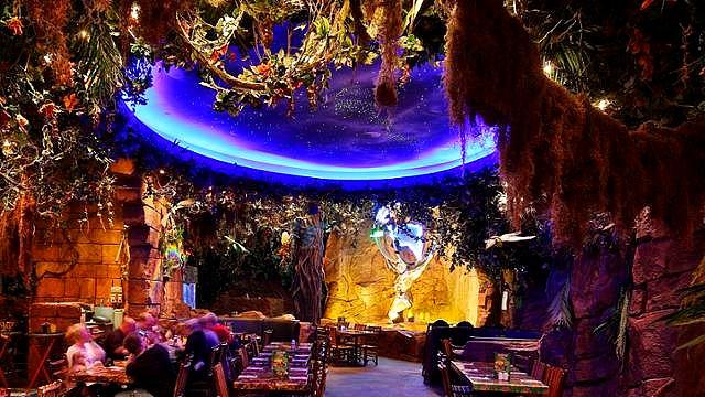 restaurant disneyland paris restaurant disney village restaurant rainforest cafe