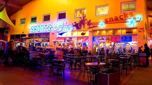 restaurant disneyland paris restaurant disney village restaurant sports bar