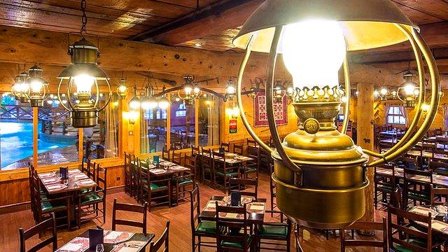 restaurant disneyland paris restaurant hotel disney restaurant davy crockett tavern
