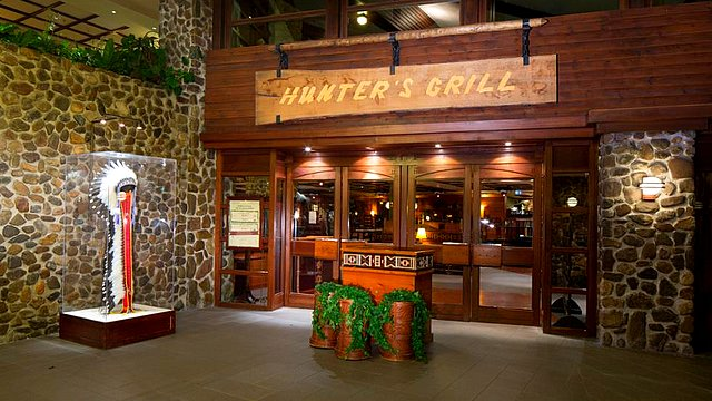 restaurant disneyland paris restaurant hotel disney restaurant hunter's grill
