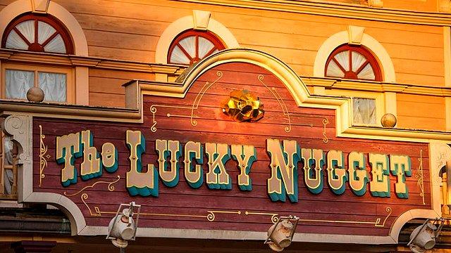 restaurant disneyland paris restaurant the lucky nugget