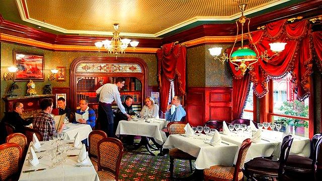 restaurant disneyland paris restaurant walt's an american restaurant