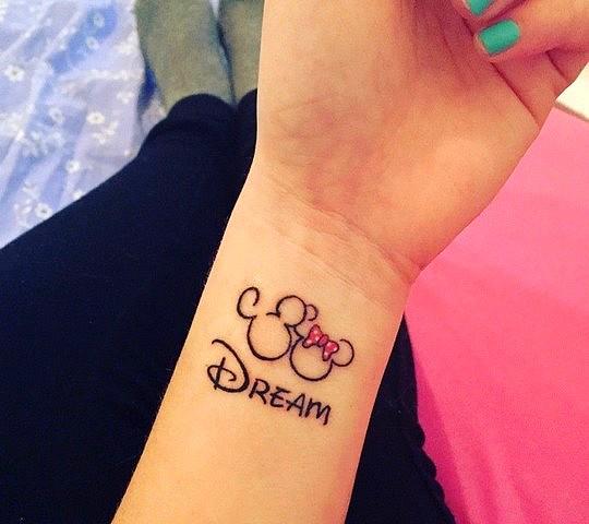 tatouage disney mickey minnie dream reve