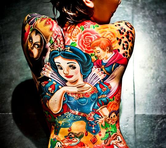 tatouage disney princesse dos complet couleur femme