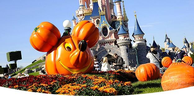 halloween a disneyland