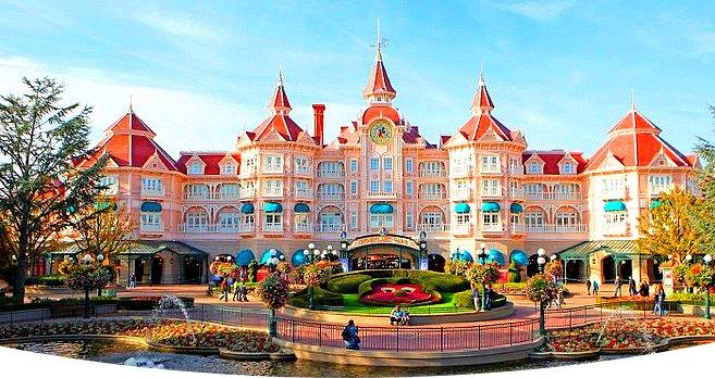 Acheter ou réserver un forfait hôtel et billet d'entrée pour Disneyland Paris